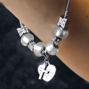 Cross Charm Bracelet - Ice White - 21cm