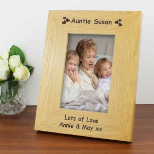 Oak Finish 6x4 Hearts Photo Frame