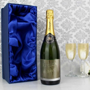 Tree Carving Champagne Bottle with Gift Box